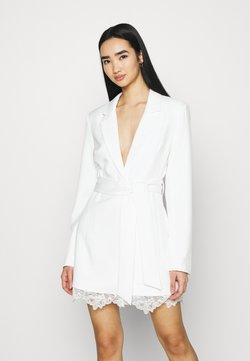 NA-KD - DETAIL BLAZER DRESS - Vestido de cóctel - white
