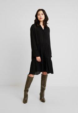 Freequent - FQFLOW SOLID - Vestido camisero - black