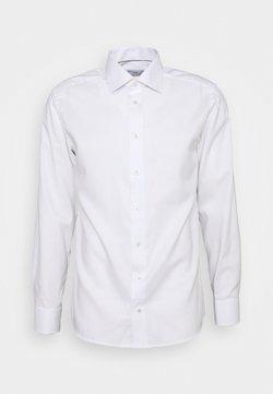 Eton - FINE DOTTED WEAVE SHIRT - Camicia elegante - white