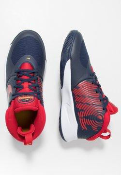 Nike Performance - TEAM HUSTLE D 9 UNISEX - Indoorskor - midnight navy/university red/white