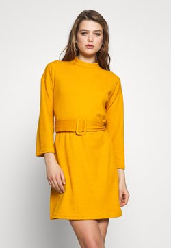 MINKPINK - ERICA DRESS - Strikket kjole - mustard