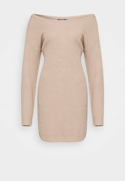 Missguided Petite - AYVAN OFF SHOULDER DRESS - Jumper dress - beige