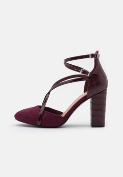 Wallis - CASH - High heels - berry