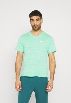 Nike Performance - MILER  - T-Shirt basic - green glow/reflective silver