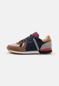 Pepe Jeans - TINKER  - Sneakersy niskie - cognac