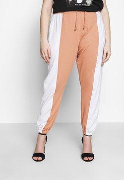 Missguided Plus - CONTRAST LEG LOOPBACK - Jogginghose - white/camel