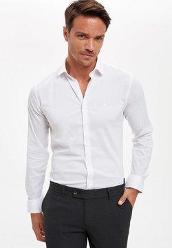 DeFacto - Camicia elegante - white