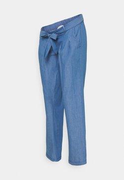 MAMALICIOUS - MLMILANA PANT - Spodnie materiałowe - light blue