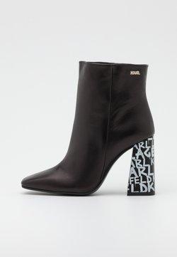 KARL LAGERFELD - GRAFFITI  - High Heel Stiefelette - black/white