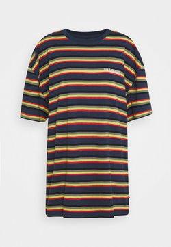 Han Kjobenhavn - BOYFRIEND TEE - T-Shirt print - blue