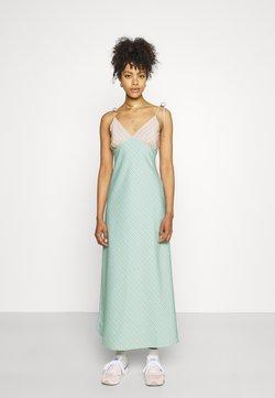 Fashion Union - CAPRI DRESS - Maxikleid - peach/aqua