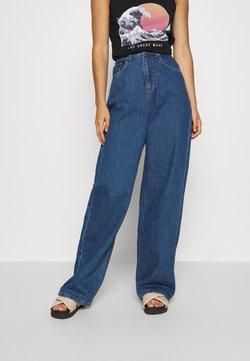 NA-KD - WIDE LEG  - Jeans straight leg - mid blue