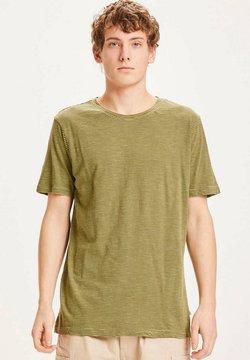 KnowledgeCotton Apparel - ALDER - T-Shirt print - grün mit dunkelgrünen streifen