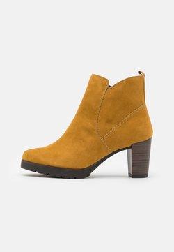 Tamaris - Ankle Boot - mustard