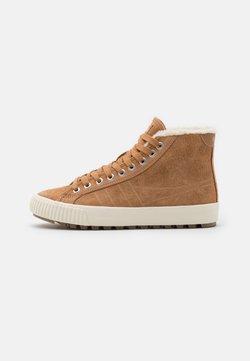 Gola - NORDIC  - Sneakers hoog - light caramel