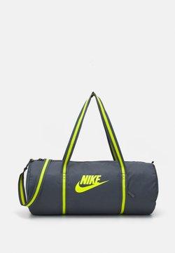 Nike Sportswear - HERITAGE UNISEX - Sporttasche - iron grey/iron grey/cyber