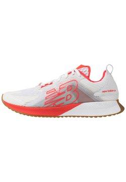 New Balance - FUELCELL ECHOLUCENT - Zapatillas de running neutras - white