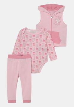 Guess - SET UNISEX - Chaleco - ballet pink