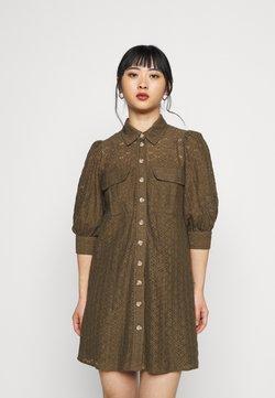 Vero Moda Petite - VMHENNY DRESS - Vestido camisero - beech