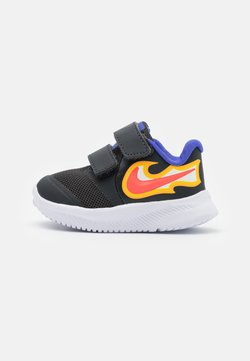 Nike Performance - STAR RUNNER 2 FIRE UNISEX - Hardloopschoenen neutraal - dark smoke grey/laser crimson