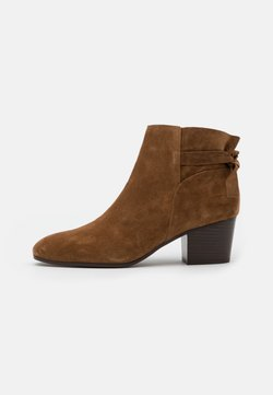 San Marina - ADELITA - Boots à talons - cannelle