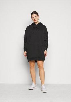Missguided Plus - HOODIE DRESS - Freizeitkleid - black