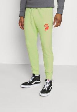 Nike Sportswear - PANT - Jogginghose - liquid lime