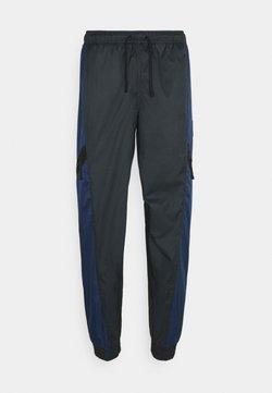 Nike Sportswear - PANT - Jogginghose - midnight navy/black