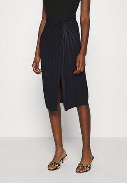 Guess - GALENE - Pencil skirt - jet black