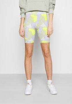 Nike Sportswear - Shorts - barely green