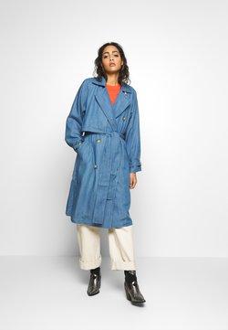 Soaked in Luxury - Trenchcoat - light blue denim