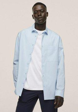 Mango - RELAXED FIT - Businesshemd - himmelblau