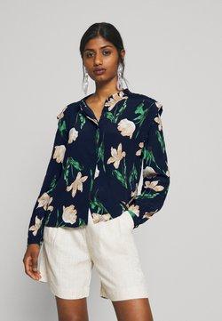 Vero Moda Petite - VMBETTY BUTTON - Camisa - navy blazer