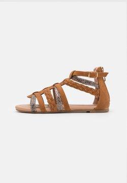 Friboo - Sandaler - brown