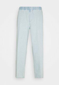 Obey Clothing - EASY BIG BOY PANT - Jean boyfriend - light indigo