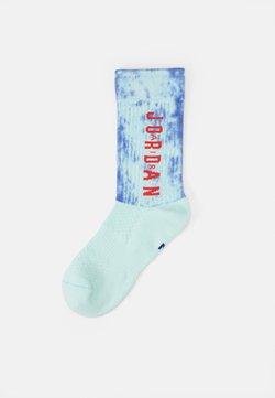 Jordan - LEGACY SPORT - Sportsocken - igloo/deep royal blue