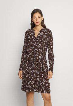 Pieces - PCCARLY SHIRT DRESS - Korte jurk - chocolate plum