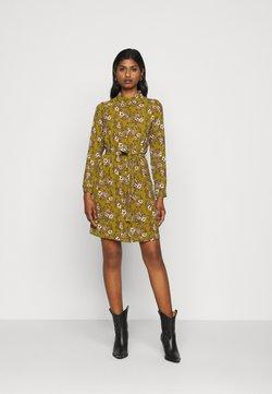 Vero Moda Petite - VMSAGA  - Blusenkleid - fir green/stasia