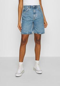 Weekday - DANDY - Denim shorts - hanson blue