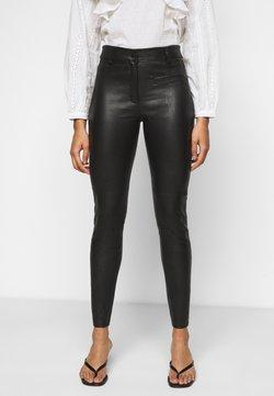 Selected Femme Petite - SLFURBAN STRETCH PANT - Leggings - black