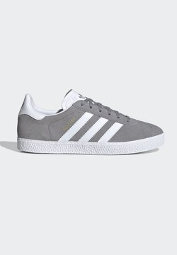 adidas Originals - GAZELLE SHOES - Baskets basses - grey