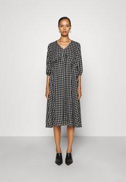 Bruuns Bazaar - PRIVET ELYSE DRESS - Freizeitkleid - black