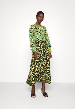 Closet - GATHERED NECK A LINE DRESS - Maxikjoler - green