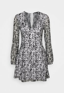 Guess - NAJAT DRESS - Freizeitkleid - distressed tartan