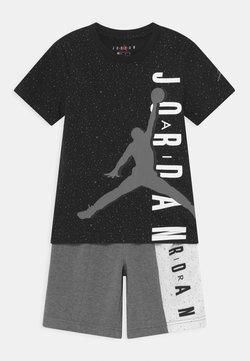 Jordan - BIG VERT SET - T-shirt imprimé - carbon heather