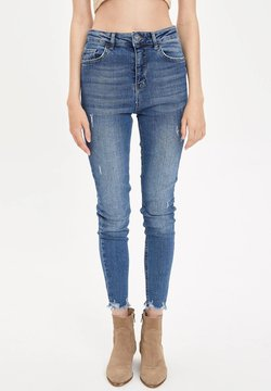 DeFacto - Jeansy Relaxed Fit - blue