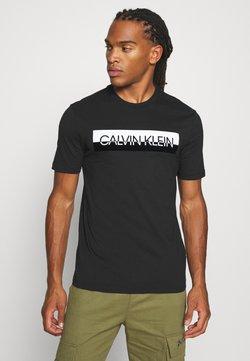 Calvin Klein - SPLIT LOGO - Camiseta estampada - black