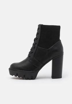 Miss Selfridge - BLAST BEATIE UPDATE - Lace-up ankle boots - black