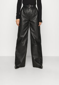 Deadwood - PINE PANTS - Pantalon en cuir - black