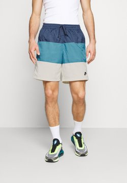Nike Sportswear - Shorts - diffused blue/cerulean/sail/black